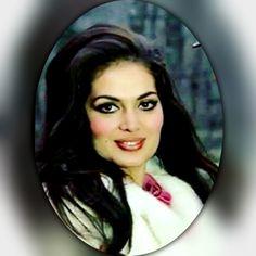 Celebrity Stars, Evergreen, Sultan, Mona Lisa, Disney Princess, Disney Characters, Celebrities, Artwork, Inspiration