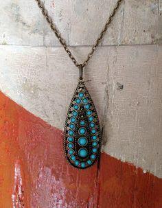 Vintage Turquoise Teardrop pendant. Neck JUNK.