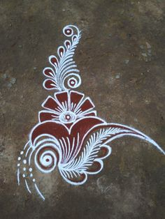 Explore latest easy rangoli design image ideas collection for Diwali. Here are amazing simple rangoli designs to decorate your home this festive season. Rangoli Designs Flower, Rangoli Border Designs, Rangoli Patterns, Rangoli Designs Images, Rangoli Ideas, Rangoli Designs With Dots, Rangoli Designs Diwali, Flower Rangoli, Beautiful Rangoli Designs