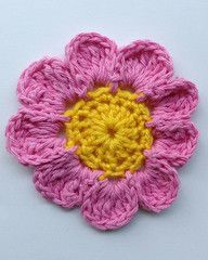 Maggie's Crochet · Pink Candle Flower - FREE CROCHET Pattern ~ another flower to add to your collection ~ would be great on a hat, bag, blanket