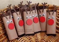 This is an awesome Christmas idea for children. The simple use of a toilet paper roll and construction paper allows children to try using different materials and exploring how they all interact together.