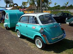 BMW Isetta 600 Limo complete with baby caravan! squee!!!
