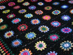 Crochet BLANKET Large Retro Sunburst Granny by Thesunroomuk