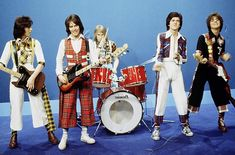 Bay City Rollers Show! I was so going to marry the lead singer Les McKeown. I even made myself a pair of those pants and a matching vest. Scottish Bands, Les Mckeown, Bye Bye Baby, Bay City Rollers, Back In My Day, Thanks For The Memories, Old Tv Shows, Music Albums, Teenage Years
