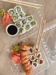 Think Food, I Love Food, Good Food, Yummy Food, Healthy Snacks, Healthy Recipes, Food Goals, Food N, Sushi Food