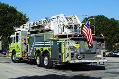 Miami Fire Department | Miami Dade Fire Rescue Ladder 22 Pierce Fire Truck | Flickr - Photo ...