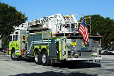 Miami Dade Fire Department, Rescue Ladder 22