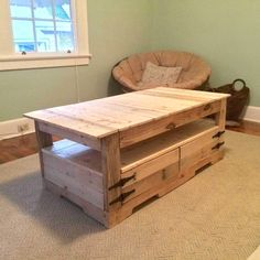 29 Simple Pallet Furniture project designs for you for your home Pallet Table with Storage #pallet_furniture #pallet_bedroom_furniture #pallet_patio_furniture
