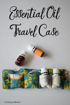 Essential Oil Travel Case Tutorial Essential Oil Holder, Essential Oil Case, Essential Oil Storage, Essential Oil Bottles, Pure Oils, Sewing Tutorials, Sewing Projects, Sewing Ideas, Sewing Crafts