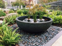Why You Should Invest In Simple Water Features For Your Home Garden – Pool Landscape Ideas Big Garden, Backyard Garden Design, Backyard Landscaping, Garden Pots, Water Features In The Garden, Garden Features, Back Gardens, Outdoor Gardens, Balinese Garden