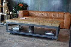 Table basse bois brut métal - Table basse à roulettes