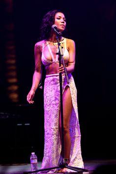 PHOTOS Jhene Aiko en spectacle au Coachella 2014 - Photos Jhené Aiko