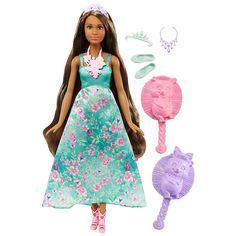 <strong>Barbie - Boneca Mil Penteados Mágicos Vestido Turquesa</strong>, a boneca de uma Princesa Barbie Dreamtopia com o cabelo 3 em 1, uma escova e uma bandolete. Esta boneca tem uma cabeleira muito comprida e luze um belo vestido com flores estampadas na parte da saia. Como as princesas do bosque das madeixas mágicas de Dreamtopia, o cabelo desta boneca transforma-se de verdade. Quando se entra em Dreamtopia com as irmãs Barbie e Chelsea, acorda-se num mundo onde os sonho...