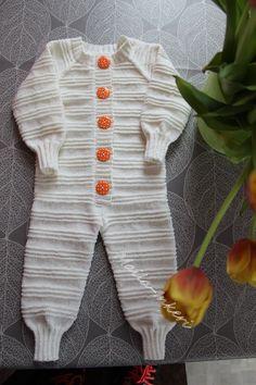 Katso kuvat poikkeustilan aikana syntyneistä käsitöistä! - Kotiliesi.fi Weaving, Sari, Sweaters, Inspiration, Fashion, Saree, Biblical Inspiration, Moda, Fashion Styles