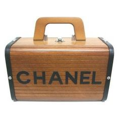 authentic Chanel wooden lunch box @fashiolista