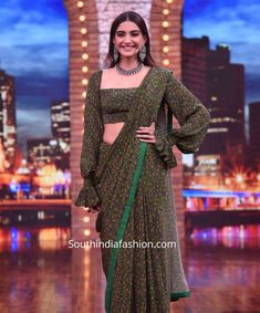 sonam kapoor green saree with balloon sleeves blouse 3 Sleeves Designs For Dresses, Blouse Neck Designs, Saree Draping Styles, Saree Styles, Saree Designs Party Wear, Modern Saree, Sari Blouse Designs, Stylish Blouse Design, Saree Trends
