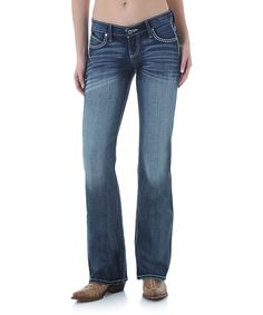 Claim your casual-cool style in these classic bootcut jeans featuring a stone wash finish. Stretch-kissed cotton promises all-day comfort.98% cotton / 2% spandexMachine washImported