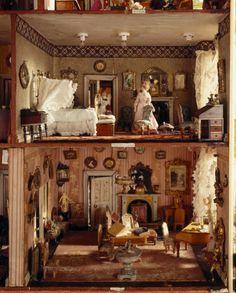 Hammond Doll House
