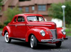 1940 Ford Deluxe coupe Fancy Cars, Cool Cars, Vintage Cars, Antique Cars, Ford Lincoln Mercury, Old Fords, Vw Cars, Henry Ford, Car Ford