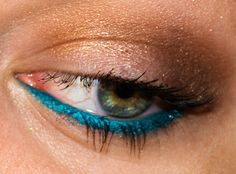 "Milani Liquif'Eye Metallic Eyeliner Pencil in ""Aqua"""