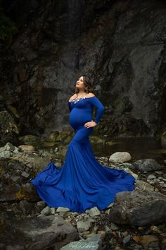 Royal Blue Chicaboo Luxe Jersey™ {Serena} Maternity Gown - The is made from our silky soft Luxe Jersey™ Knit, which is wrinkle resistant. Long Sleeve Maternity Dress, Maternity Gowns, Sunny California, Pre Pregnancy, Waiting List, Flower Crown, Royal Blue, Photo Editing, Fashion