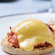 One Pot Eggs Benedict