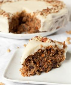 gluten-free-carrot-cake-with-cream-cheese-frosting-serving (I have a small obsession with carrot cake)