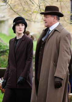 The League of British Artists: Michelle Dockery, Hugh Bonneville, Allen Leech, Dame Maggie Smith, back in character as the Dowager alongside co-star Penelope Wilton (also Rob James-Collier) as Downton Abbey series 5 gets under way