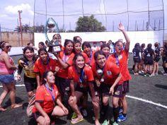 Momento en que festeja el campeonato la escuadra femenil del DF en la #CopaAmericana2014