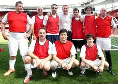 Skandar Keynes with Pembroke classmate Freddie Highmore and his football team at Arsenal stadium - May 2012