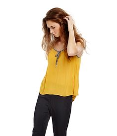 Unforgottable look!!! #Gocco #Goccofashion #goccolifestyle #yellowfever #look #newcollection #top #trendy #outfit