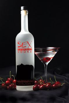 Cocktails - Vodka Sex Cherry Martini