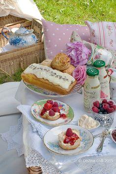 ~ My ideal of a perfect afternoon tea picnic, with custard cream, scones, sweet breads, berries... b.e.a.u.t.i.f.u.l.