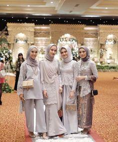 41 Ideas Fashion Design Studio Modern For 2019 Kebaya Modern Hijab, Kebaya Hijab, Kebaya Dress, Kebaya Muslim, Kebaya Brokat, Hijab Dress Party, Hijab Style Dress, Casual Hijab Outfit, Kebaya Wedding