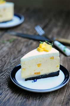 Mango & Lime Mousse Cheesecake (and you don't have to use the oven!)