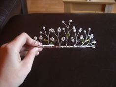 DIY tiara - very easy and very cheap! instructions included