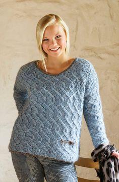 ABIGAIL en lekker og vårlig genser med små fletter strikket i dobbelt garn med Faerytale og Fin fra Du Store Alpakka