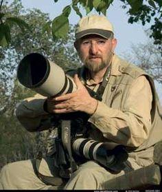Wildlife Photographer – Interview with Wildlife photographer Steve Bloom Steve Bloom, Wildlife Photography, Great Photos, Digital Camera, My Idol, Interview, Photographers, Creatures, Art