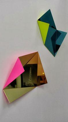 Frieze Art Fair London Mirror Illusion, Frieze Art Fair, Triangle Art, Abstract Photography, Mobile Photography, Photo Displays, Installation Art, New Art, Art Projects