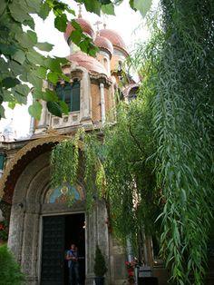 St. Nicholas Russian Church - Bucharest, Romania Bucharest Romania, Cabin, House Styles, Home Decor, Decoration Home, Room Decor, Cottage, Interior Decorating, Cottages