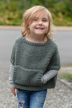Odila Cape Pullover Knitting pattern by The Velvet Acorn – Knitting patterns, knitting designs, knitting for beginners. Poncho Knitting Patterns, Knitting Designs, Knit Patterns, Knitted Cape Pattern, Knitted Poncho, Knitting For Kids, Easy Knitting, Knitting Ideas, Toddler Poncho