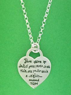 Colgante corazón AUDREY con cadena de eslabones, joya todo en plata de ley. Con grabado personalizado frase que tu desees...  Ideal regalo para mamá.  #joyasquehablandeti