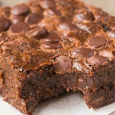 Sugar Free Chocolate, Chocolate Chip Cookies, Chocolate Crunch, Zucchini Brownies, Thing 1, Fudge Brownies, Vegetarian Chocolate, Healthy Desserts, Healthy Donuts