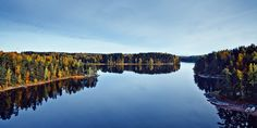 Finnish Lakeland is the largest lake district in Europe. It is full of blue lakes, islands and emerald green forests and ridges. Welcome to Lakeland! Water Life, Countries Of The World, Helsinki, Far Away, Where To Go, Travel Posters, Halle, Wonders Of The World, Stockholm