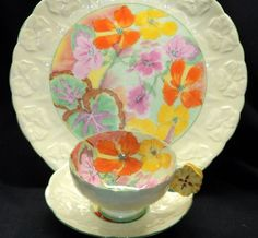 Painted Pansy Flower Handle Royal Paragon Green Pansy Tea Cup and Saucer Set Vintage Pottery, Vintage Tea, Vintage China, China Cups And Saucers, Teapots And Cups, Tea Cup Saucer, Tea Cups, Rose Tea, Tea Service