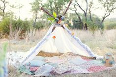 homemade tent for two..could be fun for an engagment session Destination Wedding Photographer, Engagement Session, Engagement Pictures, Engagements, Teepees, Photography Props, Wedding Photography, Holiday Photography, Family Photography