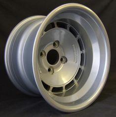 TH1380 Mini Cooper Classic, Bmw E21, Ford Fiesta St, Old Vintage Cars, Vw Amarok, Rims For Cars, Bmw 2002, Racing Wheel, Car Wheels