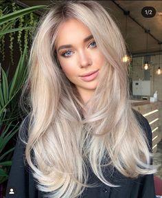 Blonde Layered Hair, Blonde Hair Shades, Blonde Hair Looks, Sand Blonde Hair, Blonde Hair Bangs, Blonde Long Hair, Long Blonde Hairstyles, Long Haircuts With Bangs, Trendy Haircuts