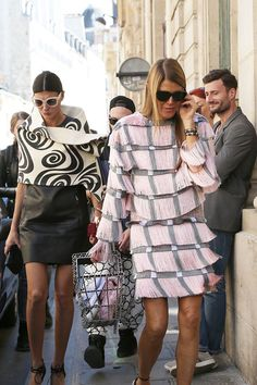 Street deets as Gio's wrap looks like a #Cinnabon. Paris. #GiovannaBattaglia and #AnnaDelloRusso