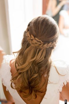 Bride hairstyle by Golden Locks (wedding dress by...INÊS PIMENTEL )